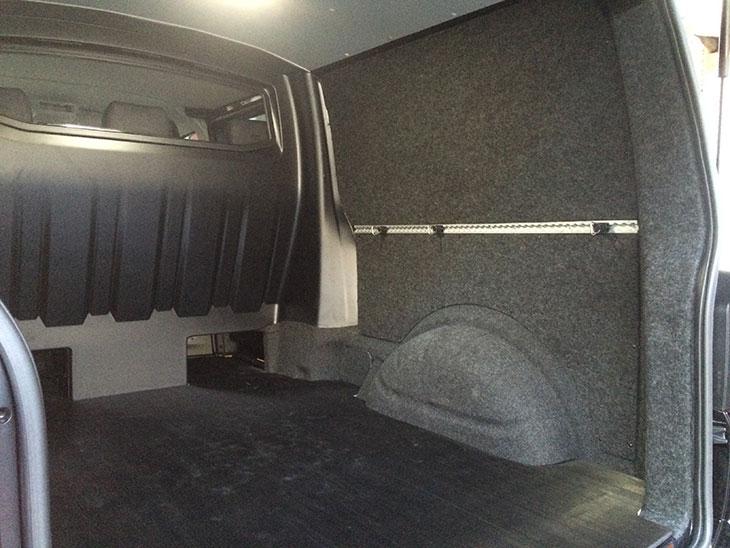 Volkswagen T6 Dubbele Cabine gestoffeerde laadruimte